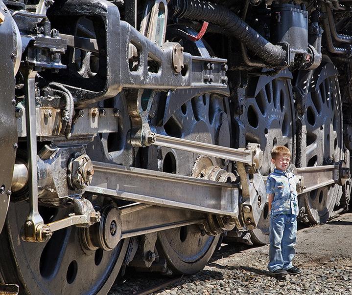 Boy by Steam Gear UP 844